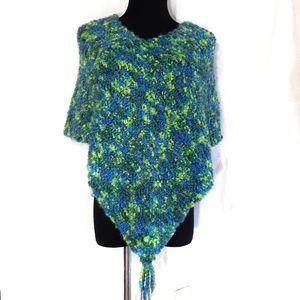 Fluffy Merino Bouclé Yarn Knitted Poncho